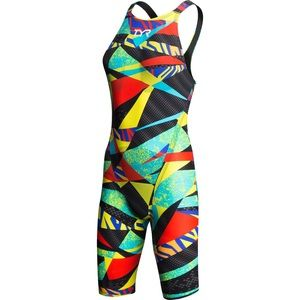 TYR Avictor Closed Back Size 25